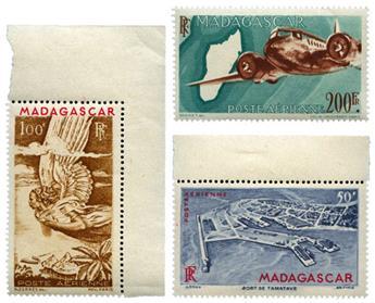 n°63/64A** - Timbre MADAGASCAR Poste Aérienne