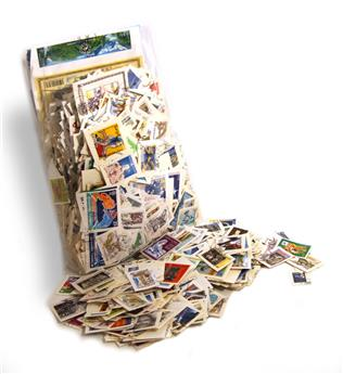 FRANCE : 1kg de timbres oblitérés